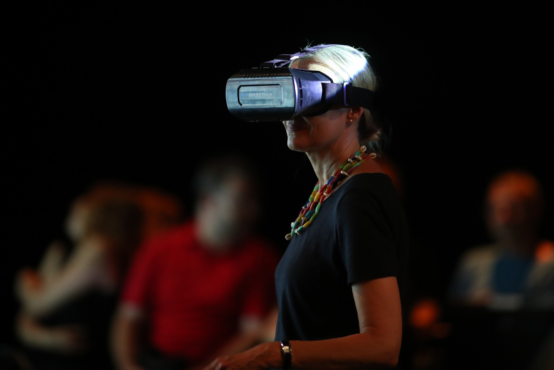 Women wearing VR glasses during Stage Your City performance
